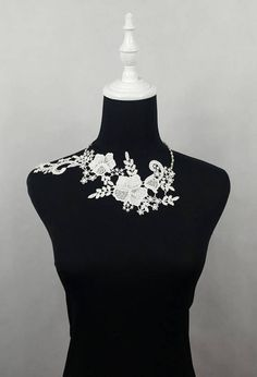 SALE white floral lace choker silver pearl beaded charm