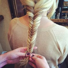 Fishtail braid tutorial.