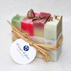 Soap is certainly something that has quite a bit of history attached to it. As soap became more of a lifestyle accoutrement, soap making kits have come to the Homemade Scrub, Diy Scrub, Homemade Soap Recipes, Handmade Cosmetics, Handmade Soaps, Soap Making Kits, Soap Supplies, Soap Base, Soap Packaging