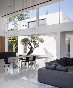 F House by Pitsou Kedem Table
