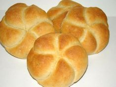 Császárzsemle recept Hungarian Cuisine, Hungarian Recipes, Hungarian Food, Pastry Recipes, Bread Recipes, Bread And Pastries, Exotic Food, Bread Rolls, Dough Recipe