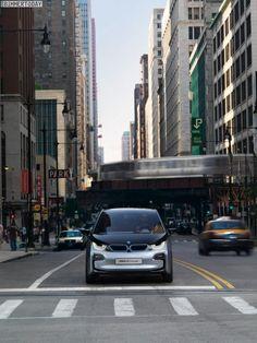 Новая порция снимков BMW i3 Concept и BMW i8 Concept из Чикаго