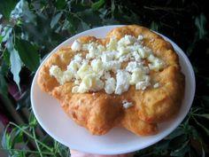 Reteta culinara Langos din categoriile Aperitive, Aperitive cu brinza. Cum sa faci Langos