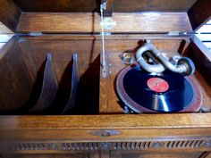 Vintage, Antique Wind up Gilbert Gramophone Model 53 , with 100 records, Record Player. Working  Order, boho.Great to display and use. by bespokebydionne on Etsy