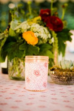 Retro themed outdoor wedding  |  The Frosted Petticoat