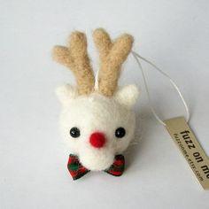 Christmas felt ornament: FUZZ reindeer head  - white v2