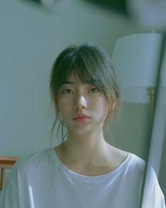 Icons Girls, Style Outfits, Cute Korean Girl, Couple Photography Poses, Bae Suzy, Korean Actresses, Ulzzang Girl, Aesthetic Girl, Kpop Girls