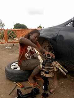 Video: Meet This Female Mechanic In Abuja A Young Lady 'Blessing' Woman Mechanic, I Salute You, Filling Station, Passion Project, Young Female, Secondary School, Toyota Camry, Other Woman, New Girl