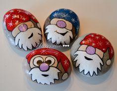 #santa #santaclaus #lovechristmas #cantwait #stenkunst #style #stonepainting #rockart #rockchristmas