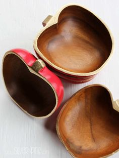 I love this project.  Apple bowls from Goodwill, turned into adorable teachers gifts for Christmas....a must read!