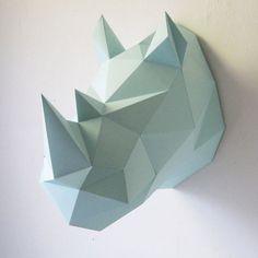 Acheté récemment. . A construire en  origami... jadoreeeee et j'ai hâte de le voir ds mon salon pour voir le rendu final .. katy