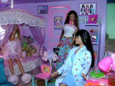 La chambre de Barbie   Flickr - Photo Sharing!