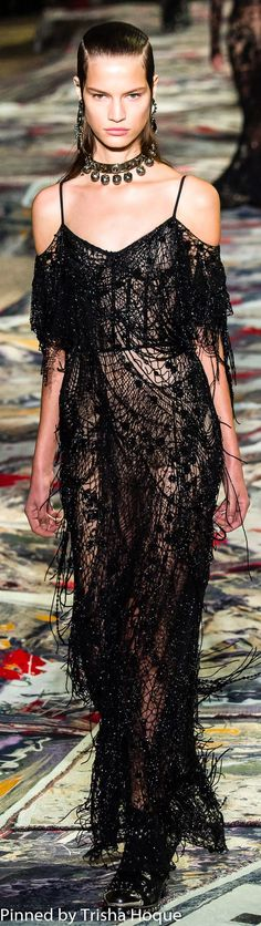 Alexander McQueen Spring 2017 Ready-to-Wear #alexandermcqueenreadytowear