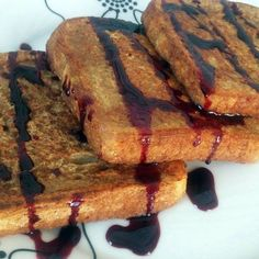Quick and Easy vegan french toast lauren toyota special-diet French Toast Without Eggs, Vegan French Toast, Vegan Fast Food, Egg Toast, Slice Of Bread, Pumpkin Pie Spice, Lauren Toyota, Allrecipes, Vegan Recipes