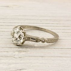 Vintage Carat Old European Cut Diamond Engagement Ring ♥ Vintage Jewelry! I love rings with character. Wedding Rings Vintage, Vintage Engagement Rings, Diamond Engagement Rings, Diamond Rings, Halo Engagement, Solitaire Diamond, Gold Wedding, Elegant Wedding, Solitaire Rings