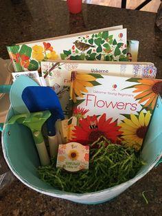 Seeds Preschool, Preschool Themes, Book Baskets, Grow Kit, Easter Gift Baskets, Thing 1, Stall Display, Display Ideas, Book Nerd