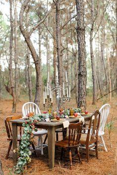 Wedding ideas inspired by Fantastic Mr Fox Fox Wedding, Forest Wedding, Woodland Wedding, Fall Wedding Colors, Autumn Wedding, Boho Wedding Dress Bohemian, Bohemian Weddings, Indian Weddings, Moss Centerpieces