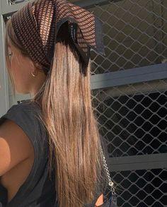 Hairstyles With Bangs, Trendy Hairstyles, Bandana Hairstyles, Spring Hairstyles, Hair Inspo, Hair Inspiration, Aesthetic Hair, Brown Aesthetic, Aesthetic Vintage