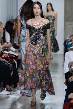Peter Pilotto Spring 2017 Ready-to-Wear Fashion Show