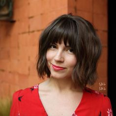 One-Length Haircuts That'll Convince You to Ditch Those Layers: Shaggy Bob Wavy Bob Hairstyles, Classic Hairstyles, Short Bob Haircuts, Haircuts With Bangs, Fall Hairstyles, Wedding Hairstyles, Hairstyle Men, Choppy Bob With Bangs, Short Shaggy Bob