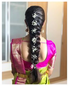 Indian Hairstyles For Saree, South Indian Wedding Hairstyles, Bridal Hairstyle Indian Wedding, Saree Hairstyles, Bridal Hair Buns, Bridal Hairdo, Hairdo Wedding, Long Hair Wedding Styles, Wedding Hairstyles For Long Hair
