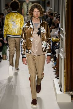 Valentino-Spring-Summer-2016-Menswear-Collection-Paris-Fashion-Week-005