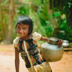 """""""Girls in Bahalpur village have a better future to look forward to thanks to clean water. Charity Water, Family Planning, Faith In Humanity, People Photography, Indian Girls, Children, Kids, Little Girls, Culture"""