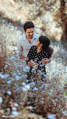 Cute Love Pictures, Love Photos, Couple Photos, Kerala Wedding Photography, Wedding Couple Poses Photography, Wedding Couples, Cute Couples, Animated Love Images, Pre Wedding Photoshoot