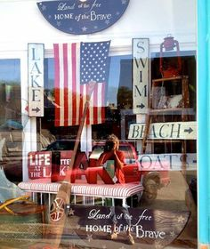 Memorial Day Weekend is huge for retail sales. Decorate your window displays to drive traffic into your boutique.