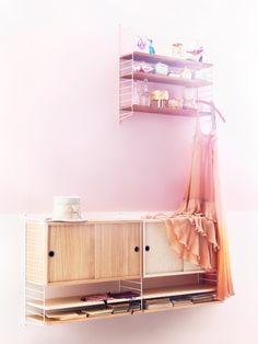 Ellens album: Trends on shelves wand Scandinavian Interior Design, Modern Interior, String Regal, String Shelf, Study Space, Trends, Sideboard, Creative Design, Home Furnishings