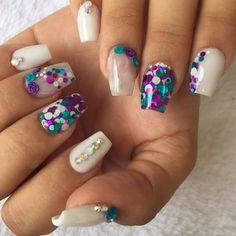 Discover the 10 most popular nail polish colors of all time! - My Nails Cute Acrylic Nails, Acrylic Nail Designs, Nail Art Designs, Luxury Nails, Bridal Nails, Nagel Gel, Birthday Nails, Beautiful Nail Designs, Nail Polish Colors