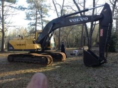 Earth Moving Equipment, Excavator For Sale, Heavy Equipment, Volvo, Monster Trucks, Construction, Building