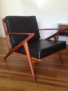 Los Angeles: Danish Selig Z vintage chair  $600 - http://furnishlyst.com/listings/252146