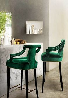 [CasaGiardino] ♛ Gorgeous Emerald Green Velvet Bar Stools with dark stained legs and brass stretchers.