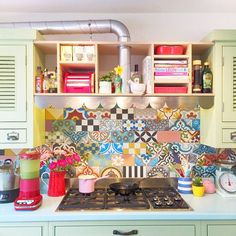 Colourful kitchen backsplash
