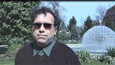 Cezar Dumitru a început să călătorească în 1991 iar de atunci a zburat  de peste 1000 de ori aproape 2 milioane de kilometri. Pilot, Ray Bans, Mens Sunglasses, Style, Swag, Man Sunglasses, Pilots, Men's Sunglasses, Remote