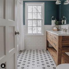 "Sarah on Instagram: ""Seriously considering these floors somewhere... anywhere!!!! #love #flowermosaic #laundrymaybe #pennyround #littlenookwaratah"" Bathroom Renos, Bathroom Flooring, Bathroom Interior, Small Bathroom, Bathroom Tile Colors, Bathroom With Tile Walls, Bathroom Wall Ideas, Master Bathroom, Wood Tile Bathroom Floor"