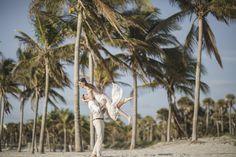 Vili es Márti - Tengerparti Esküvő | Florida, USA #menyasszony #eskuvoifoto #eskuvoszervezes #horvatorszag #marryme #laguntravel #seychelleszigetek #seychelles #óceánpart #romantika #szigetfeledezés #álomnyaralás #tengerpart #islandlife #ocean #utazás #utazásiiroda #weddinginseychelles #tengerpartiesküvő #külföldiesküvő #esküvő Miami Beach, Carousel, Ferris Wheel, Fair Grounds, Florida, Usa, Travel, The Florida, Viajes