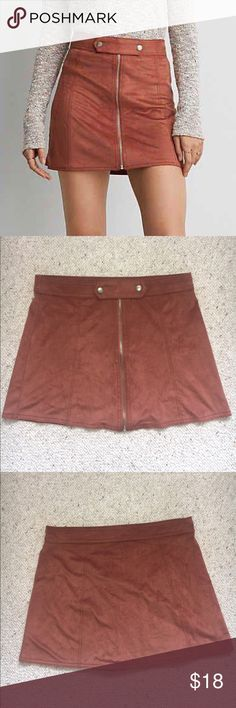 American Eagle suede skirt Softest skirt!! Trendy front zip closure and buckle. Worn once and in perfect condition. American Eagle Outfitters Skirts Mini