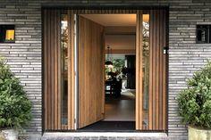 Door Design, Exterior Design, Porch Entry, Front Entrances, Entrance Doors, Common Area, Exterior Doors, Home Look, New Homes
