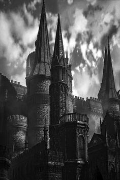 Gothic Aesthetic, Slytherin Aesthetic, Dark Fantasy Art, Dark Art, Paradis Sombre, Dark Castle, Dark Fairytale, Fantasy Castle, Fantasy Places