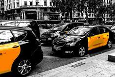 Taxis 🚕 #barcelona #spain #europe #road #urban #bw #travel #landscape #landscape_lovers #landscape_captures #landscapephotography #superhubs #canonfrance #explorecapturerepeat #picturetokeep_nature #Igglobalclub #igpowerclub #ig_sanat #landscape_focus_on #nuc_mbr #kings_meteo #speed #nighttime #night #cars #comics #canonfrance #canon1200d #streetphotography