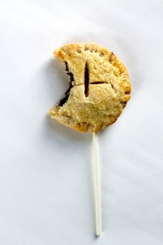Nutella & Cream Cheese Pie Pops - Nutella and cream cheese in a pie pop... need I say more?!