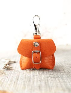 Keyring, keychain, keyfob, keyholder. Tiny bag. Opened. Leather key chain. Gft for her, for him. This small pouch is crafted from geunine leather in