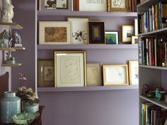 Display Idea Photo Wall Art | hall-wall-gallery-art-display-library-eclectic-home-decor-ideas ...