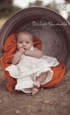 Ideas Baby Girl Newborn Pictures Ideas Photo Shoots 6 Months For 2019 Foto Newborn, Newborn Shoot, Newborn Pics, Newborn Sibling, Newborn Headbands, Fall Baby Pictures, 3 Month Old Baby Pictures, 3 Month Photos, Fall Baby Pics