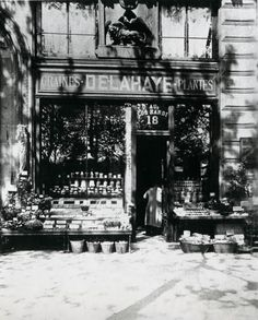 vintage everyday: Old Photographs of Architecture and Street Scenes of Paris in the Early 20th Century