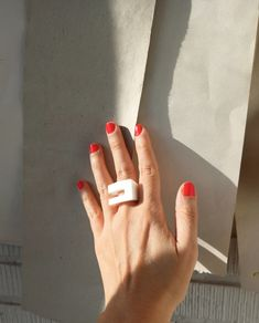 Wearable art rings, 3D printed in organic plastic and hand polished. Geometric and minimal Ring. It is a piece of contemporary jewelry. Rings are delivered in an origami box made with a monotype print (printmaking technique). Origami Box, Oeuvre D'art, Contemporary Style, Wearable Art, Printmaking, Etsy Store, Artwork, Jewelry Rings, 3d Printing