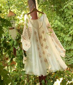 Casual Fall Outfits, Boho Outfits, Vestidos Vintage, Vintage Dresses, Cute Fashion, Boho Fashion, Fashion Details, Fashion Design, Simple Dresses
