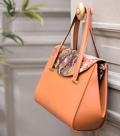 Le showroom en ligne | Kodd Korner Bucket Bag, Culture, Shoulder Bag, Showroom, Bags, Fashion, Handbags, Moda, Pouch Bag